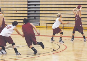 Women's Basketball: The Bulldogs got down to business last week at practice to work toward the establishment of an entirely new starting lineup. The team is starting up the year minus four of last year's seniors and plus five incoming freshman. Photo by Brandon Martinez | Web Editor
