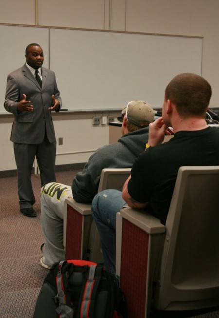 Childress Discussion: Ira Childress came to Ferris to talk to a sports communication class. Childress was a 2003 Ferris graduate who discussed how students can brand themselves after college. Photo By: Kate Dupon | Photo Editor